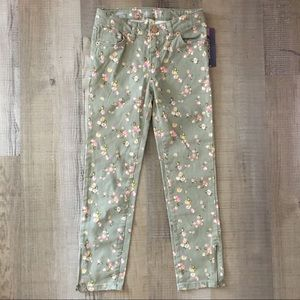 NWT floral skinny floral jeans army green